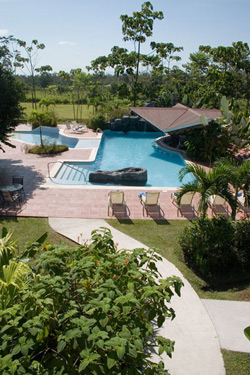 Hotel Arenal Spring pool